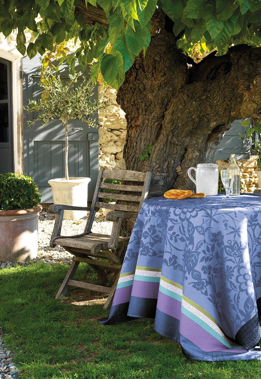 tischdecken provence von le jacquard francais artefaktur kontor der feinen dinge. Black Bedroom Furniture Sets. Home Design Ideas